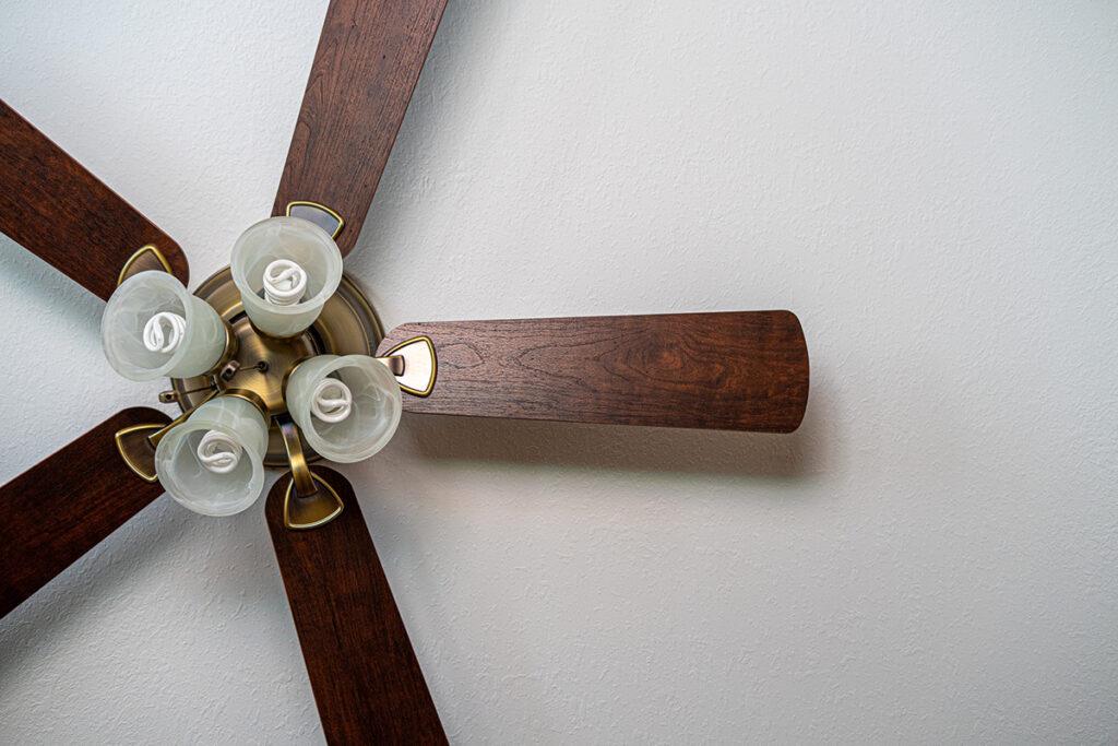 ceiling-fan-in-summer